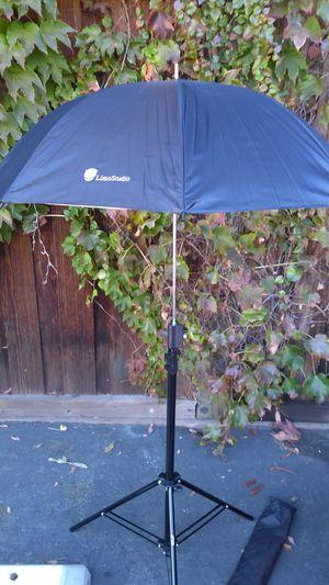 Photoshop video Studio equipments items soft umbrella lighting reflector monopod tripod DSLR digital SLR camera for Sale in Santa Clara, CA