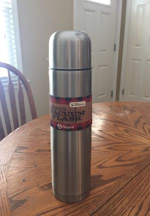 Brand new insulated vacuum flask 32 oz for Sale in Chesapeake, VA