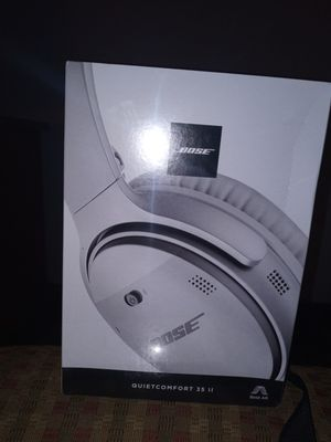 White Bose QuietComfort 35 ll for Sale in San Diego, CA