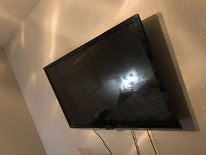 55 inch Emerson tv for Sale in Arlington, TX