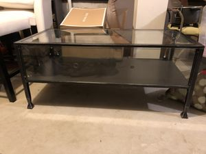 Glass terrarium coffee table for Sale in Freehold, NJ