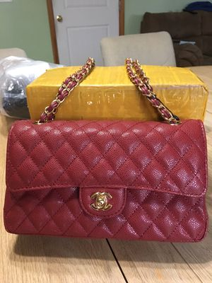 Brand new Chanel Cowhide Leather bag for Sale in Portland, OR