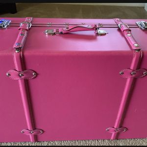 Vintage Suitcase (Large) for Sale in West Covina, CA
