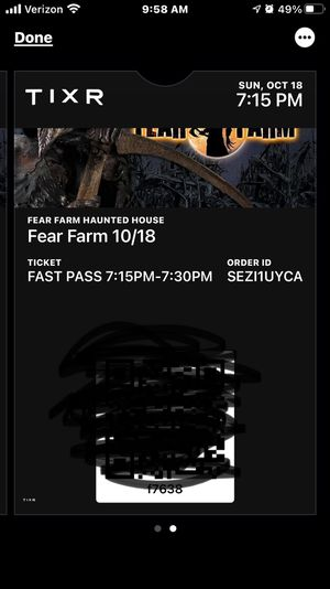 2 Fear Farm Tickets with Fast Past 10/18 (Check in from 7:15-7:30) for Sale in Scottsdale, AZ