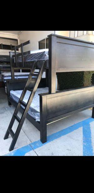 BUNK BED FULL OVER QUEEN for Sale in Inglewood, CA