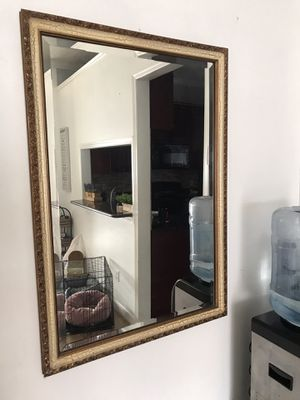 Big large wall mirror 39 1/2L x 27 1/2W for Sale in BVL, FL