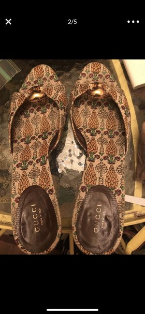 Gucci Pineapple Heel Shoes Authentic Adorable Size 9 for Sale in San Jose, CA