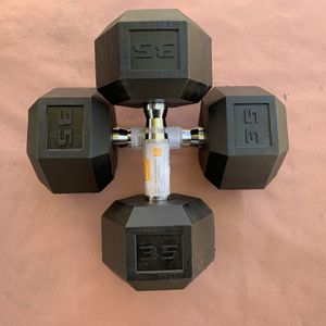 35 POUNDS RUBBER HEX DUMBBELLS for Sale in Garden Grove, CA