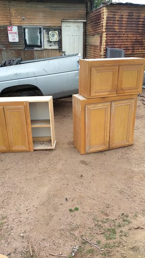Used kitchen cabinets for Sale in Oak Hills, CA