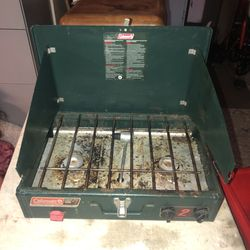Vintage Cool man Grill for Sale in Strongsville,  OH