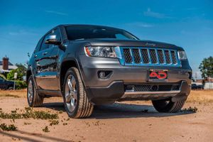 2011 Jeep Grand Cherokee for Sale in Madera, CA