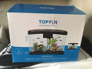 Fish tank 2 gallon for Sale in Salinas, CA