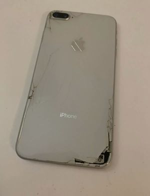 iPhone 8 Plus for Sale in Columbia, MO