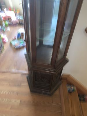 Antique china cabinet for Sale in Milford Charter Township, MI