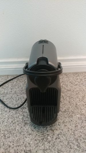 Nespresso coffee maker machine for Sale in Cerritos, CA