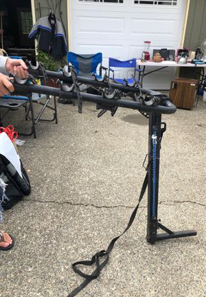 """4 bike Hollywood bike rack for a 1.5"""" tow all for Sale in Puyallup, WA"""