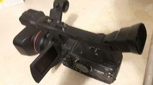 Camera canon xh A1 usa caset y tarjeta for Sale in North Las Vegas, NV