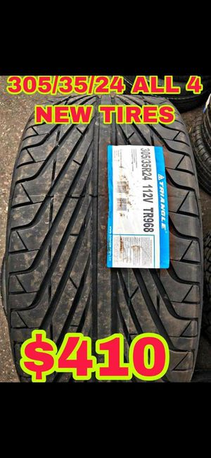 305 35 24 BRAND NEW SET OF TIRES for Sale in Mesa, AZ