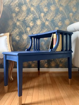 Upcycled antique step back accent table for Sale in Fulton, MD