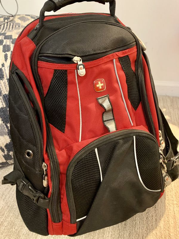 Backpack/laptop carrier and charger