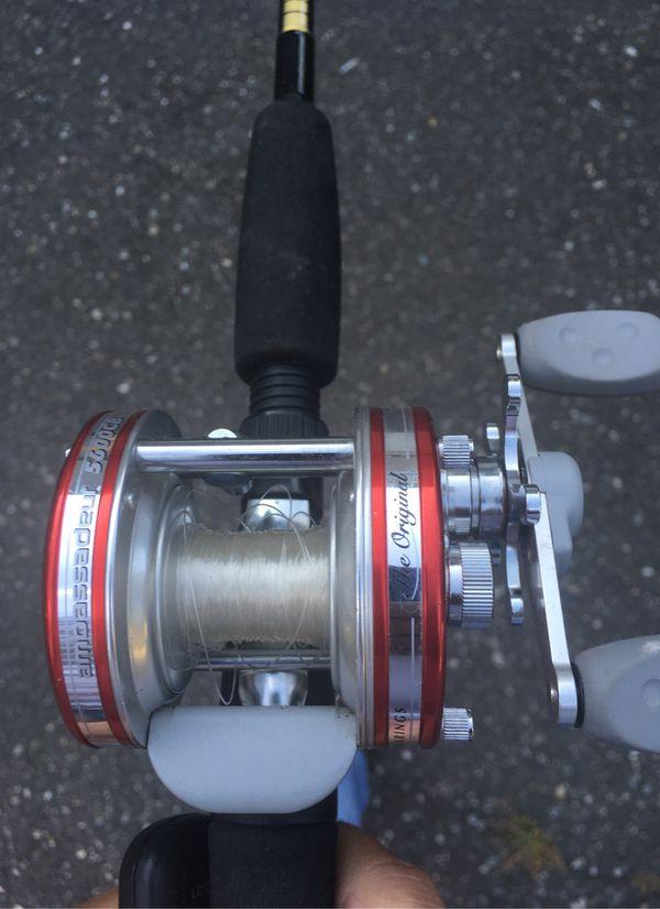 Shimano Sg 6' fishing rod bait caster ambassador abu Garcia 5600cb