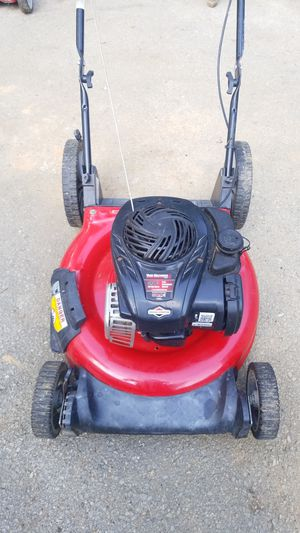 "Lawnmower Yard Machine 21"" 5HP for Sale in Landover, MD"