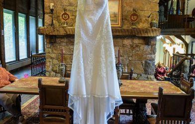 Wedding Dress for Sale in Branford,  CT