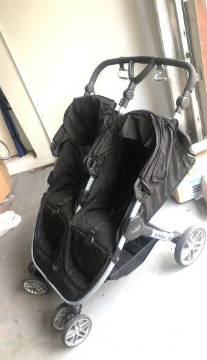 Britax twin double passenger stroller for Sale in Delray Beach, FL