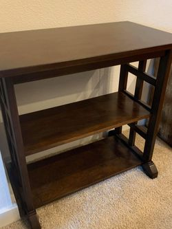 Dark Wood End Table/Shelf for Sale in San Mateo,  CA