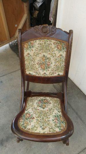 Antique rocking chair for Sale in Cerritos, CA