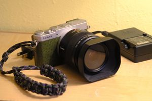 Lumix GM5 + Leica Elmarit 45mm Macro - the small macro setup! for Sale in West Covina, CA