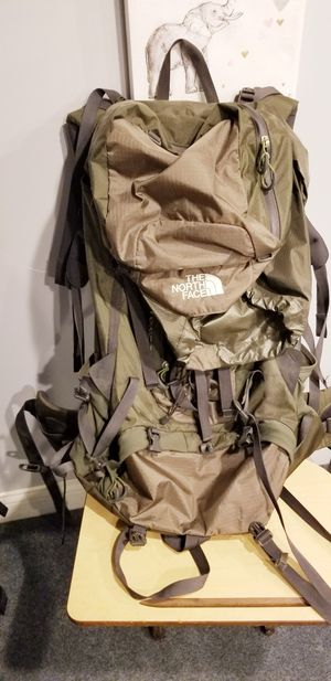 Northface Crestone 75 Hiking backpack for Sale in Norton, OH