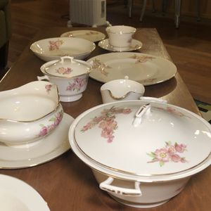 Vintage China 1940's Needs A Home for Sale in Milwaukie, OR