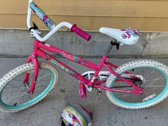 20 Inch Huffy Bike And Helmet for Sale in Peyton,  CO