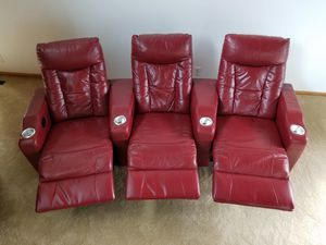 Three seat home theater recliners for Sale in Sammamish, WA