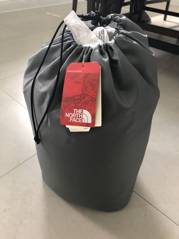 Brand new wasatch 20 degrees North Face sleeping bag