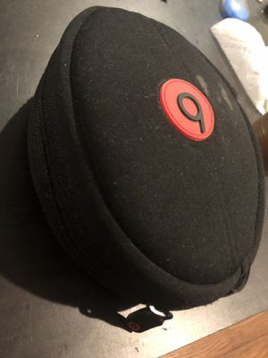 Beats by Dre headphones for Sale in Upper Darby, PA