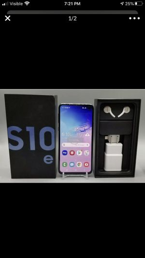 Galaxy s10e • 256GB • INTERNATIONAL ONLY for Sale in Clovis, CA