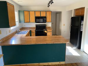 The whole Kitchen- Appliances and cabintes! for Sale in Phoenix, AZ
