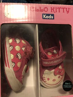 Hello kitty girls size 2m for Sale in San Antonio, TX