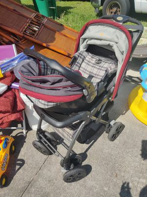 Eddie Bauer stroller and car seat for Sale in Port St. Lucie, FL