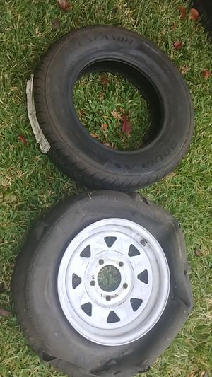 1 trailer rim 13in and new tire for Sale in Arlington, TX