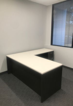 """Artopex desk """"NEW"""" for Sale in Chamblee, GA"""
