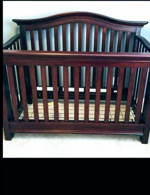 Baby crib for Sale in Everett, MA