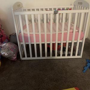 BABY White Mini Crib for Sale in Fresno, CA