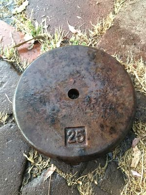 1 qt 25 LBS CAST IRON WEIGHT for Sale in Fresno, CA