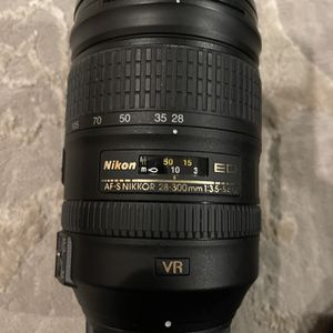 Nikon FX 28-300 mm Zoom Lens for Sale in Richmond, VA