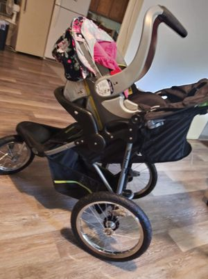Car seat combo for Sale in Martinsburg, WV