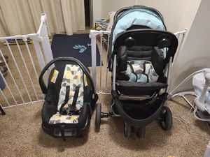 Baby stroller and removable carrier for Sale in Littleton, CO