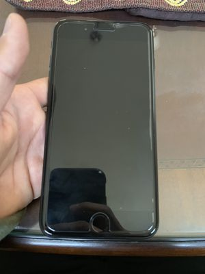 iPhone 7 Plus 128gb for Sale in Reedley, CA